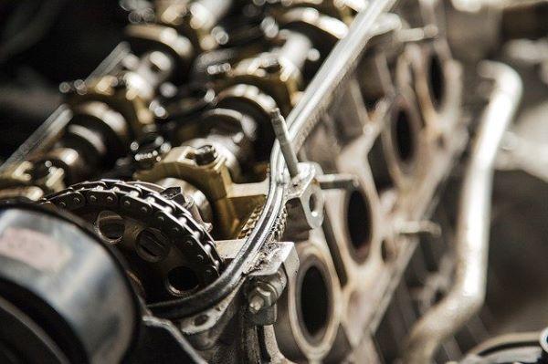 MMO vs. Sea Foam - car engine