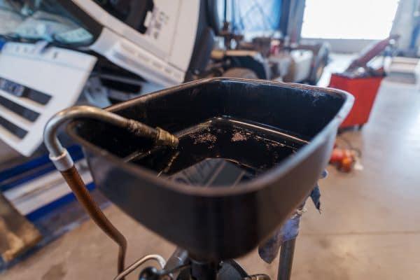 Dirty oil in pan