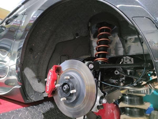 What is the average lifetime of brake rotors?